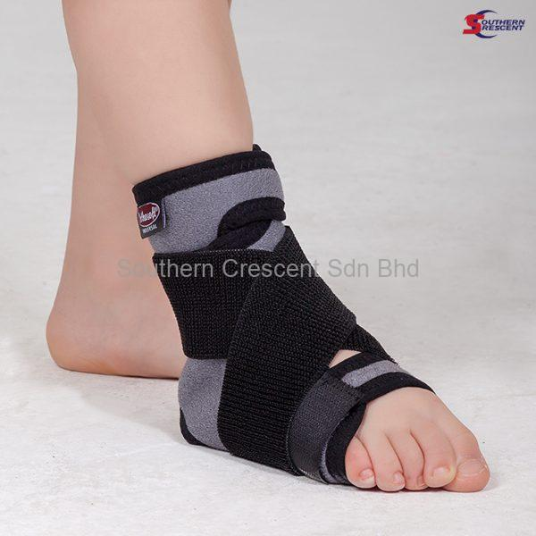 ANKLE SUPPORT WITH 8 STRAPS GR 1502C