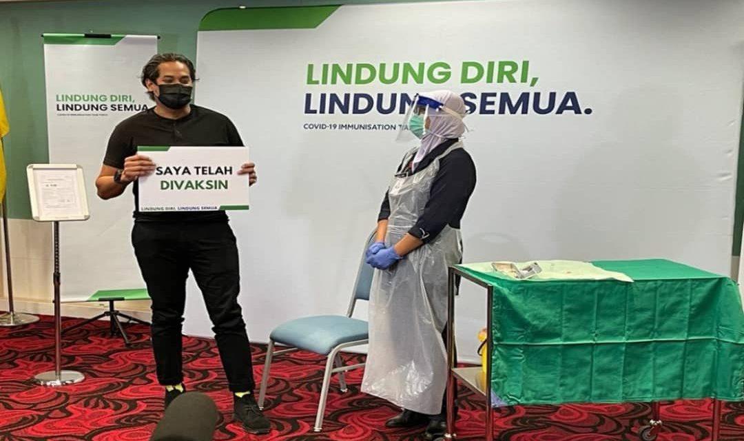 https://www.southerncrescent.com.my/wp-content/uploads/2021/03/Khairy-Jamaluddin-individu-pertama-di-Malaysia-terima-suntikan-Sinovac-1080x640.jpeg